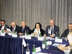 Делегаты ОК НОПРИЗ по СКФО и ЮФО также решили выдвинуть кандидатуру Михаила Посохина на пост президента НОПРИЗ