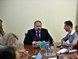 Михаил Мень: «Единая Россия» проверит спорные объекты долевого строительства в регионах
