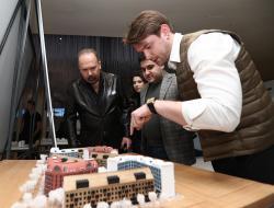 Михаил Мень встретился с финалистами молодёжной архитектурной биеннале
