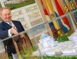 Проект Парламентского центра от Михаила Посохина окончательно усох, или Беда не приходит одна