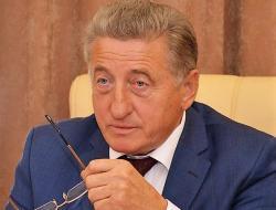 Сергей Лукин предложил обсудить проблемы безболезненного перехода на проектное финансирование. Валентина Матвиенко его поддержала