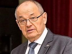 Валерий Мозолевский пообещал включить на Сахалине «прожектор перестройки» и покончить с произволом заказчиков
