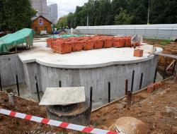 Владимир Ресин: До конца года в Зюзино будут подняты под купола стены храма «Отрада и Утешение»