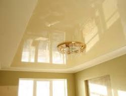 Натяжные потолки цвета шампань