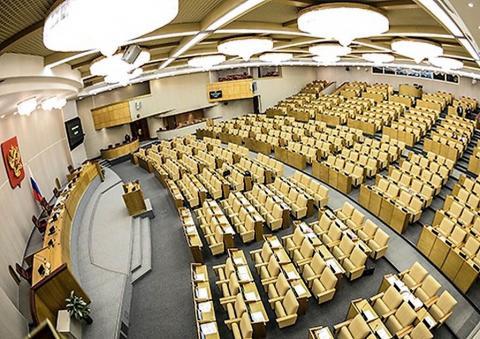 Интересы саморегуляторов или дольщиков предпочтут депутаты Госдумы на осенней сессии?