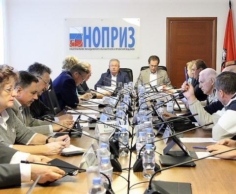 Как нопризовский комитет Азария Лапидуса рассмотрел обращения группы предпринимателей, уральской СРО и Александра Блиндера