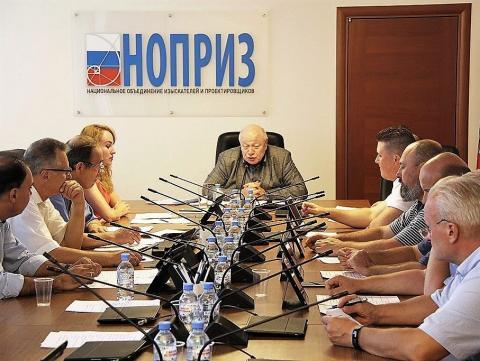 Комитет НОПРИЗ Александра Гримитлина очистил свои ряды от шести прогульщиков