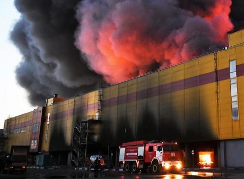 Кому пожары, а кому – расширение бизнеса? Страховая СРО присматривается к ТЦ