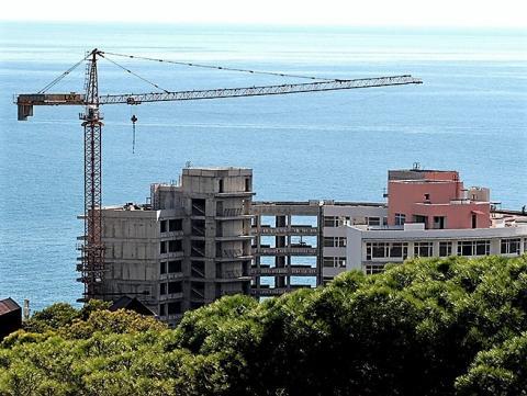 Михаил Мень: Объём ввода жилья в Крыму в прошлом году увеличился в три раза