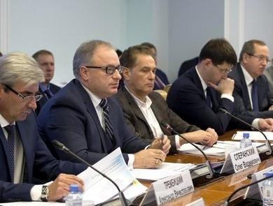 На встрече в Совфеде представители НОПРИЗ говорили о вредных для отрасли законопроектах, а Виктор Прядеин – о новом реестре