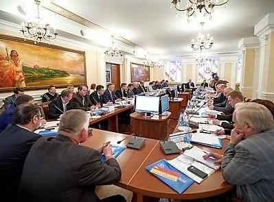 Оживлённую дискуссию делегатов Окружной конференции НОСТРОЙ в ПФО вызвал вопрос о трудовом стаже для НРС