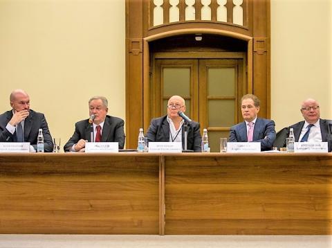 Поддержав Михаила Посохина, делегаты столичной ОК НОПРИЗ проголосовали против избрания в состав Ревкома представителя УрФО