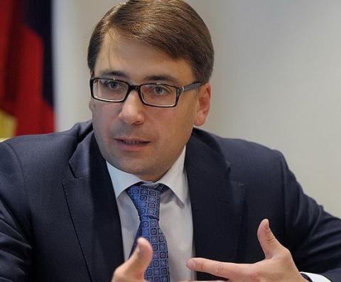 Сергей Чернышов: Законодательные поправки устанавливают приоритет замены лифтов при капремонтах