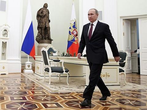 В ожидании рокировок, или Какие сюрпризы готовит Владимир Путин после инаугурации? Делайте ставки, господа-саморегуляторы…