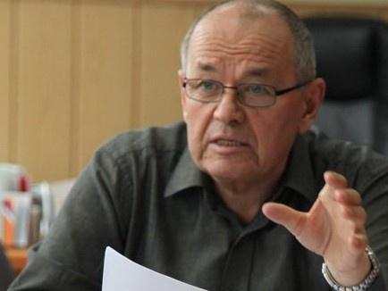 Валерий Мозолевский: Или министр не знает, или его просто подставляют, надеясь, что вокруг безграмотные дураки!