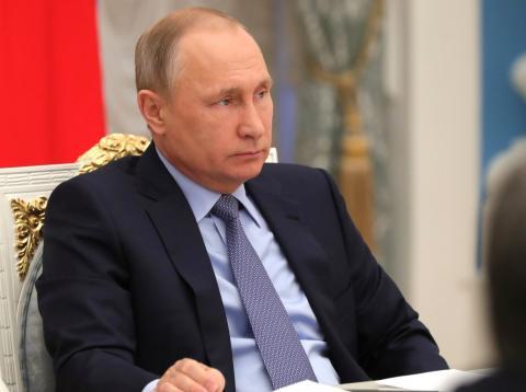 Владимир Путин: Прежде всего, нужно убрать бюрократические препоны в жилищном строительстве
