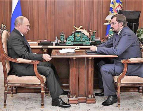 Владимир Путин обсудил с Алексеем Репиком ряд вопросов, волнующих строителей, предпринимателей и многих россиян