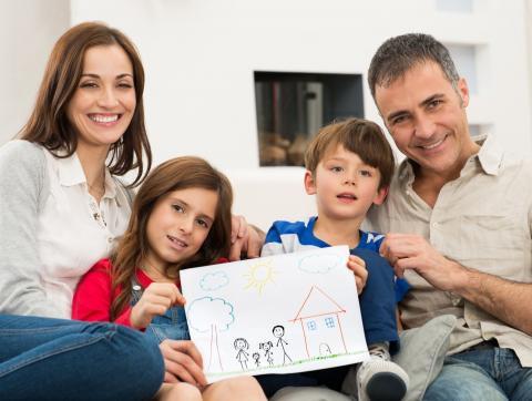 Владимир Якушев: Молодые семьи смогут вложить соцвыплаты в строительство нового жилья