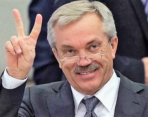 Вслед за властями Татарстана губернатор Белгородчины Евгений Савченко положил глаз на компфонды СРО
