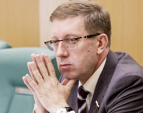 Законопоектом об «амнистии компфондов» займётся сенатор Алексей Майоров