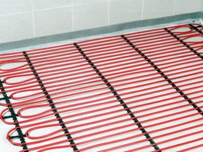Что лучше – водяные или электрические теплые полы?